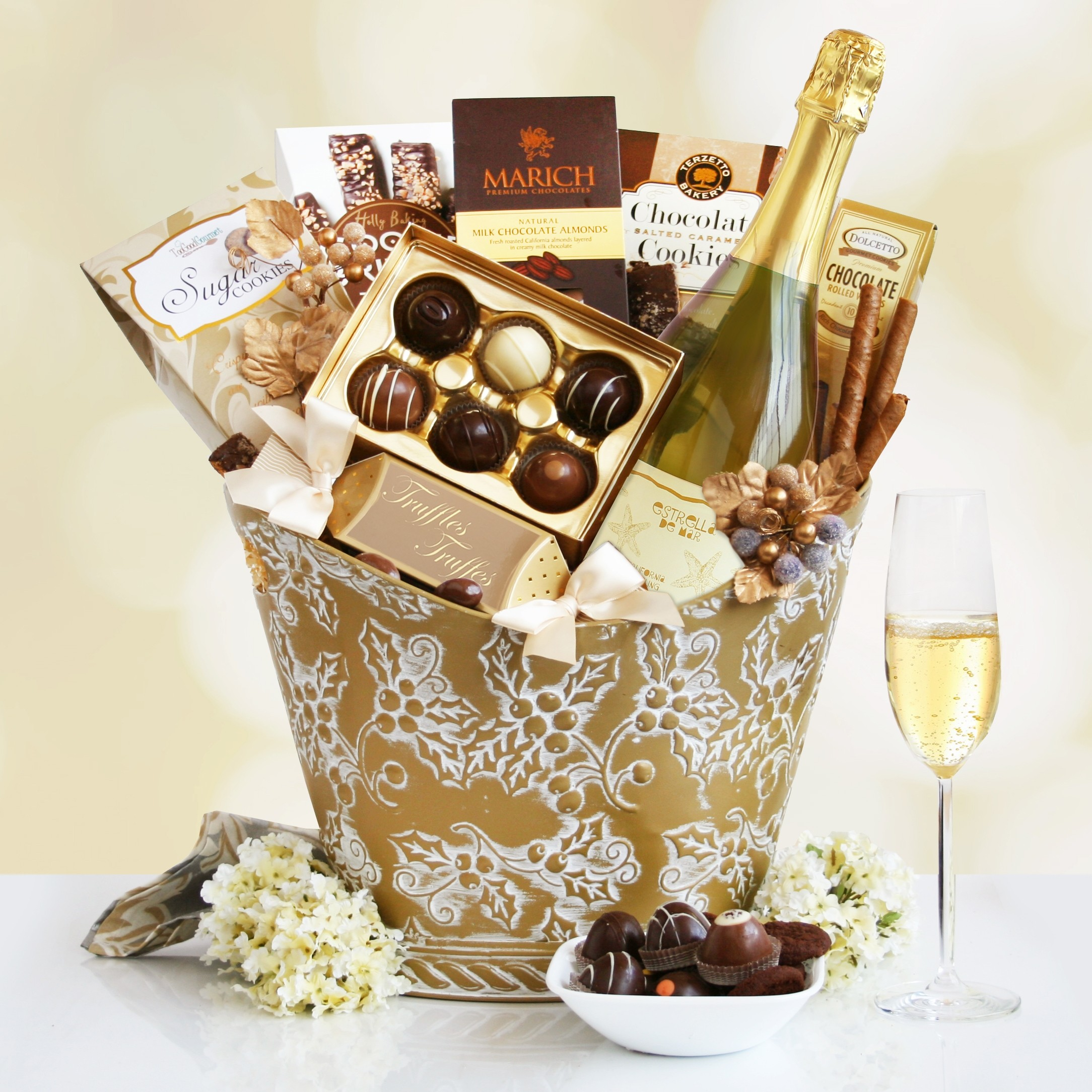Sparkling Wine and Golden Desserts Wine Gift Basket